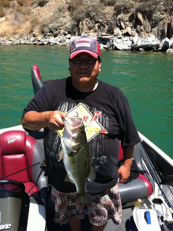 Diamond valley lake ca fishing reports map hot spots for Diamond lake fishing report
