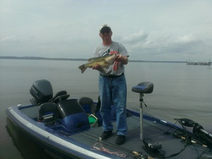 Large mouth bass caught by donnie roudenbush