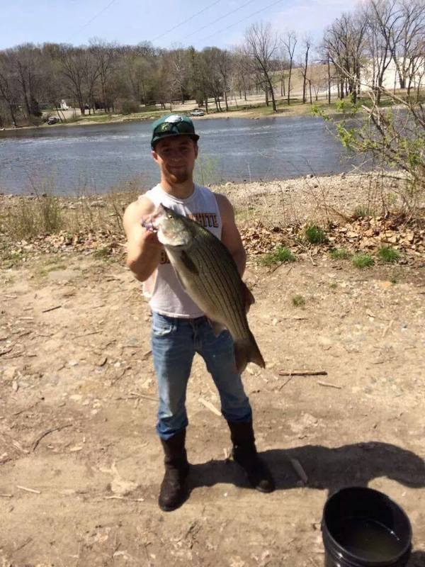 Lake shafer in fishing reports map hot spots for Fish lake indiana