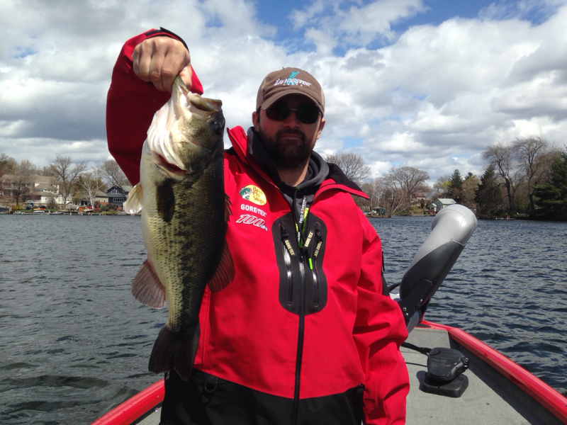 Lake quinsigamond ma fishing reports map hot spots for Freshwater fishing in massachusetts