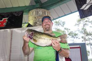 Largemouth Bass caught by Jim Ebarb