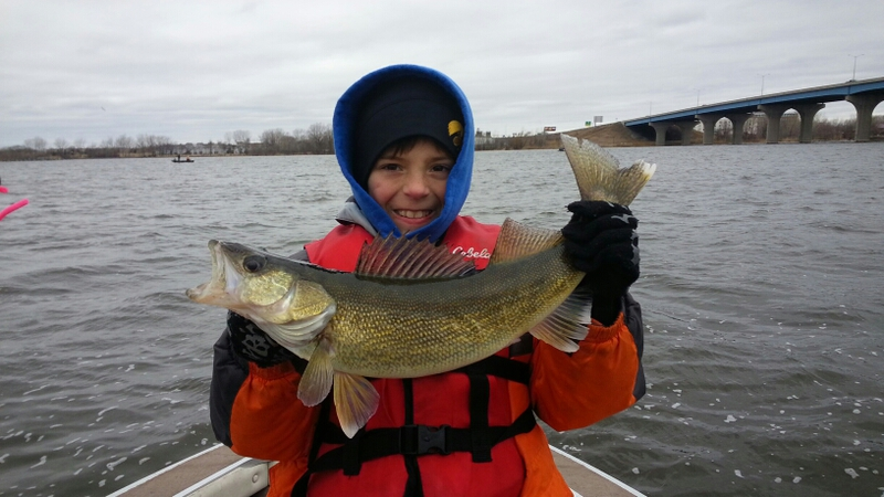 Fox river wi fishing reports map hot spots for Wisconsin river fishing report