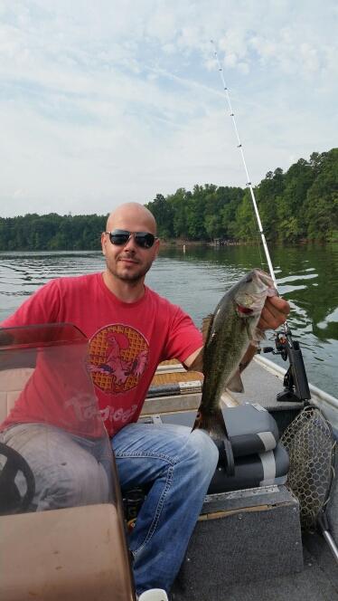 Mountain island lake nc fishing reports map hot spots for Nc bass fishing reports