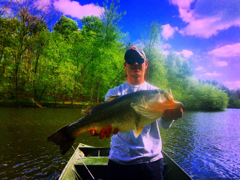 Caught a largemouth bass on lake gaston using a mystery for Lake gaston fishing