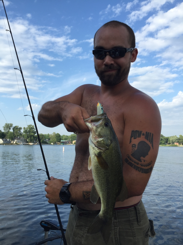 Pine lake in fishing reports map hot spots for Fish lake indiana