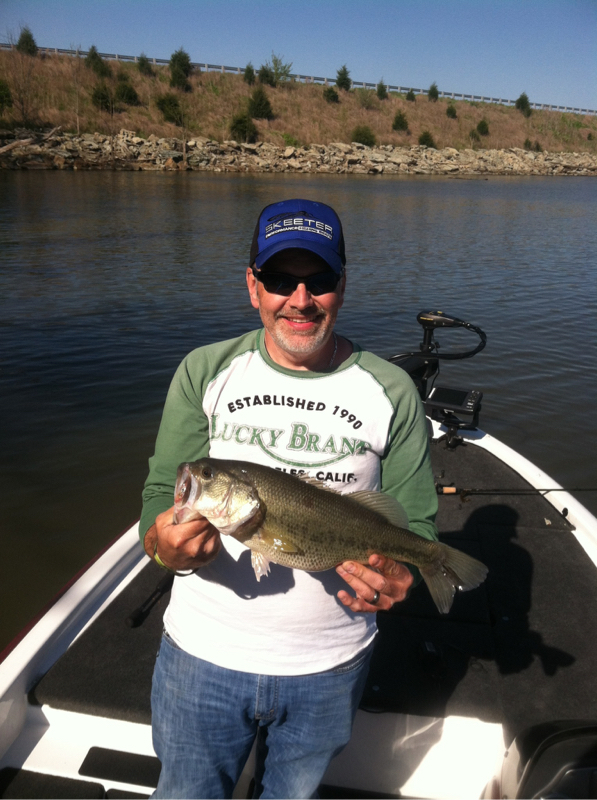 Cedar creek lake ky fishing reports map hot spots for Fishing access near me